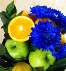 Фруктово-цветочные букеты