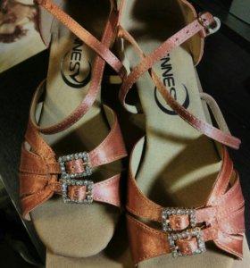 Туфли для танцев 36р