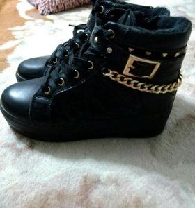 Ботиночки для девочки размер 33