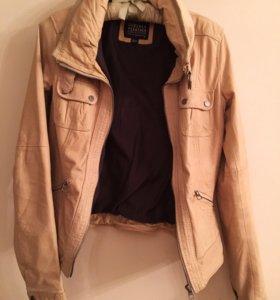 Кожаная куртка. Bershka