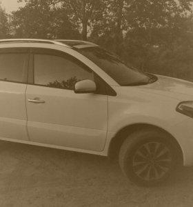 Renault Koleos, 2012 года,2.5 CVT, 65000км.