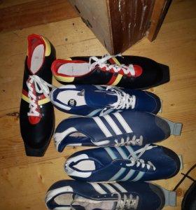 Лыжи и ботинки, 42-43