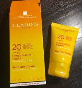 Солнцезащитный крем Clarins