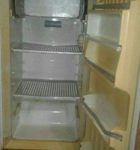Холодильник не рабочий