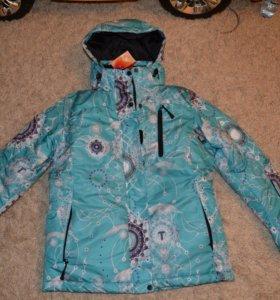 новая лыжная курточка