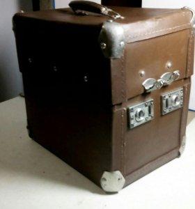 Кофр-чемоданчик