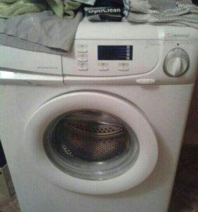 Рабочая стиральная машинка.