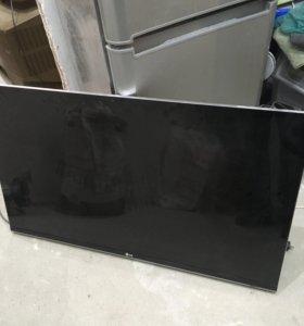 Телевизор LG 47 LM660Т