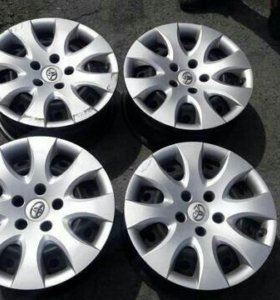 Комплект дисков с колпаками Тойота