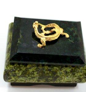 Шкатулка для украшений из натурального камня