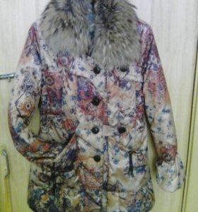Куртка с капюшеном- зима