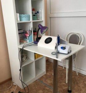 Стол, стеллаж-стол, маникюрный
