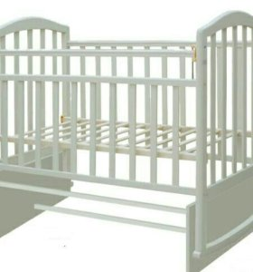 Кровать детская с матрацем