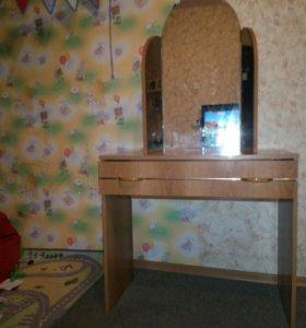 Мебель трюмо туалетный столик