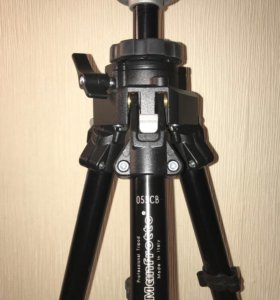 Штатив Manfrotto 055CB