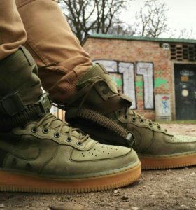 SneakerBoot Nike Air Force 1