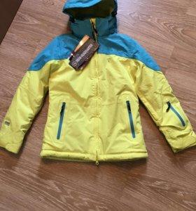 Новая зимняя горнолыжная куртка