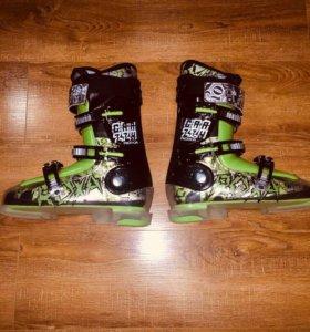 Детские горнолыжные ботинки Roxa Crazy