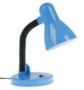 Лампа настольная с подставкой для ручки