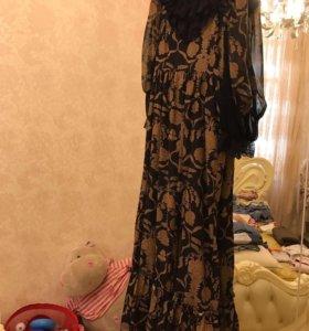 Платье с коронами