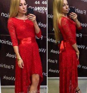 красное новое гиюровое платье