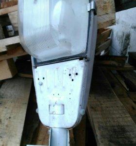 Лампа для гаража дома с креплением