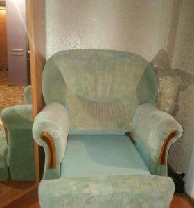 Кресло продам