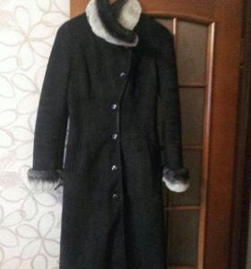 Дубленка-8000 р,пальто по 1500 р.
