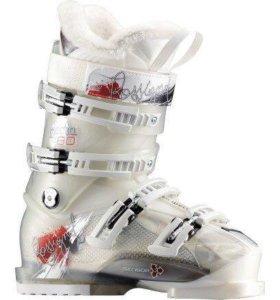 Новые горнолыжные ботинки Rossignol Sencor Electra