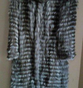 Меховое пальто из чернобурки на трикотажной основе