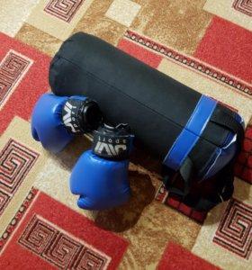 Детская боксерская груша и перчатки
