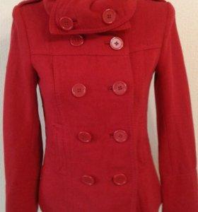 Пальто новое шерстяное HM
