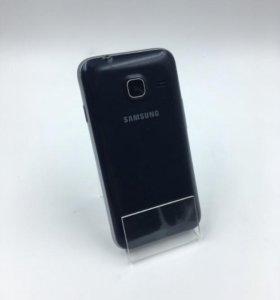 Смартфон Samsung Galaxy J1 Mini SM-J105H