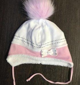 Продам шапочку для девочки