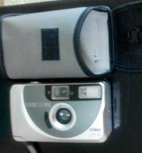 Фотоаппарат+ 2 пленки в подарок