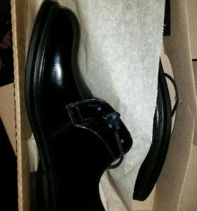 Ботинки ВМФ лакерованные лабутены
