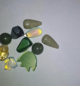 Камни ювелирные.цена за все