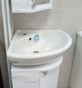 Тумба в ванну с зеркалом (угловые) 2 комп. новые.
