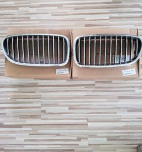 Продам фальш-решетки (хром) от БМВ 5-серия f10.