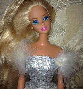 Barbie из 90 х в серебряном платье