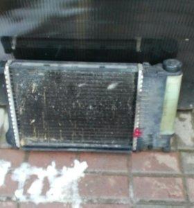 Радиатор БМВ е34 е36