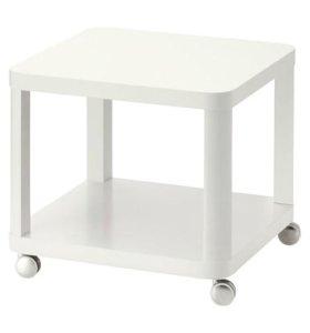 Тингби Стол приставной на колесиках, белый