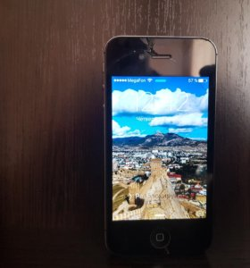 iPhone 4S (Айфон 4S) + портативный аккумулятор.