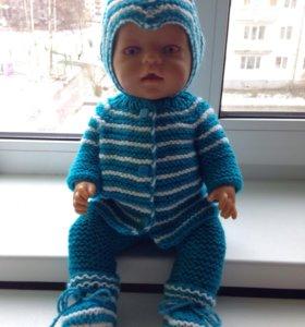Костюм на куклу вязаный