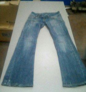 Брюки,джинсы женские,рр. 42-44