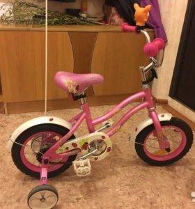 Велосипед детский 3-5 лет почти новый