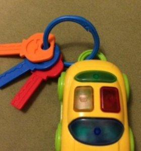 Машинка с ключиками музыкальная