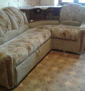 Диван уголок и два кресла