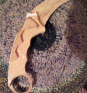 Продам нож керамбит деревяный