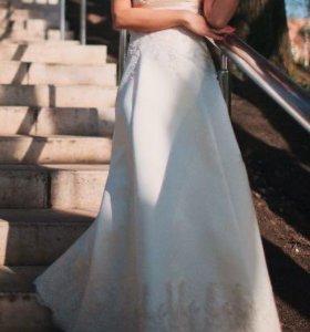 Свадебное платье и шубка -болеро в подарок (н/м)